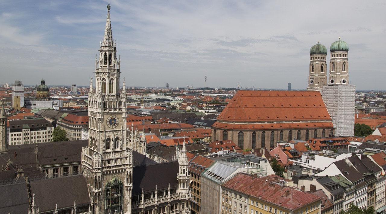 Мюнхен и замки Баварии. Утренний выезд. 4 дня