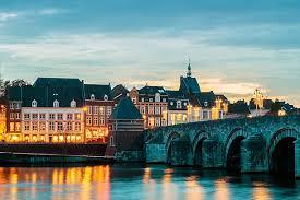 Маастрихт, город в котором погиб д'Артаньян и родилась Европа. Новинка!